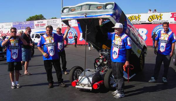 Before eliminations at the '08 NHRA California Hot Rod Reunion